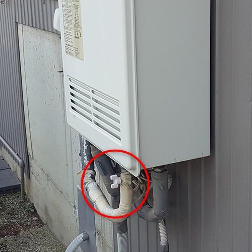 ガス給湯器止水栓
